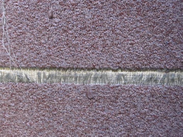 The break in the carpet